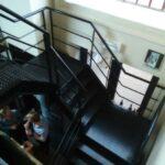 De stalen trap in de Passage in Ronse; Een ware foodtempel voor liefhebbers van authentiek eten