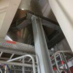 Detailfoto van de metalen constructie voor Rousselot