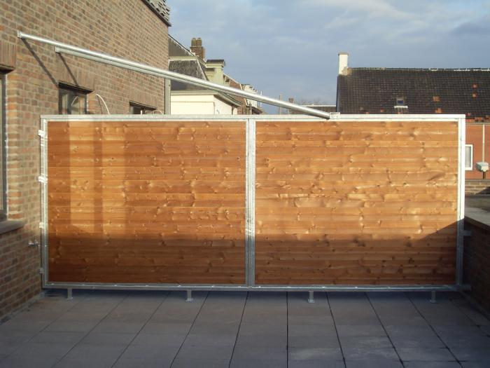 Séparation de la terrasse d'un appartement
